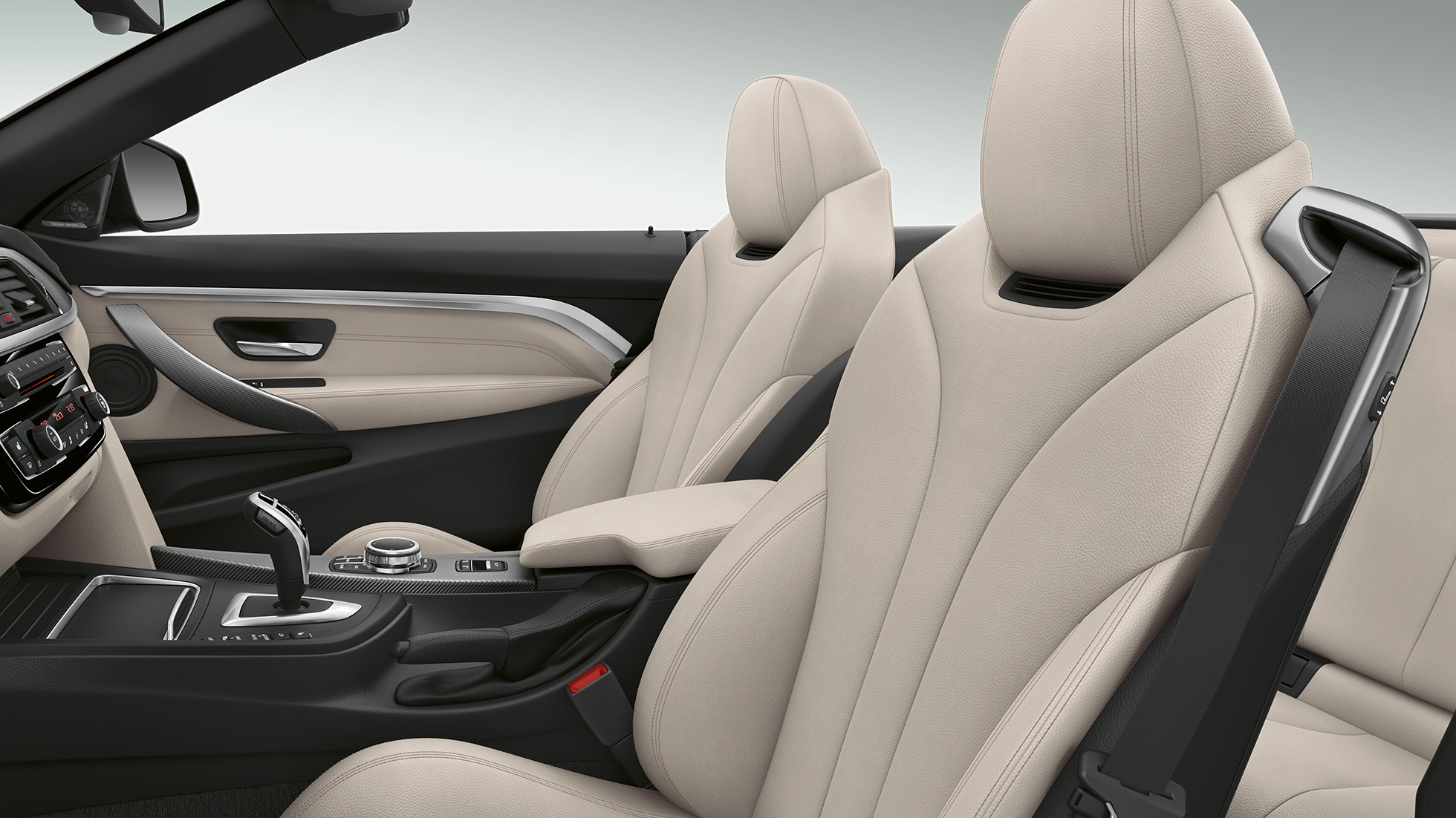BMW 4 Series Convertible, Model Luxury Line interior