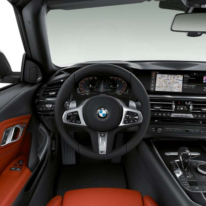 BMW Z4 Roadster Model Sport Line, steering wheel and driver's place